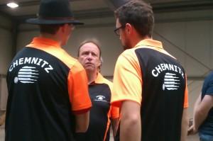 Teambesprechung: Fabian, Hartmut und Benjamin