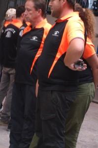 Orange-Schwarze Farbtupfer: Die Chemnitzer in Düsseldorf
