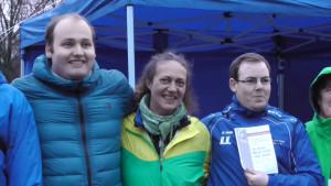 Sieger im B: Antje Müller, umgeben von ihren hessischen Mitstreitern