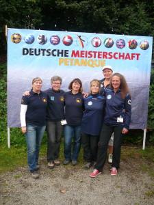 Die Ost-Damen mit Diana, Marlies, Regina, Birgit, Sabine und Antje