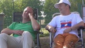Nach dem Viertelfinal-Aus ist Entspannung angesagt: Tom und Gerald