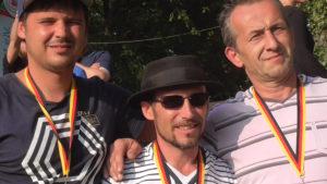 Die am Ende glücklichen Drei: Patrick, Tangi und Jens